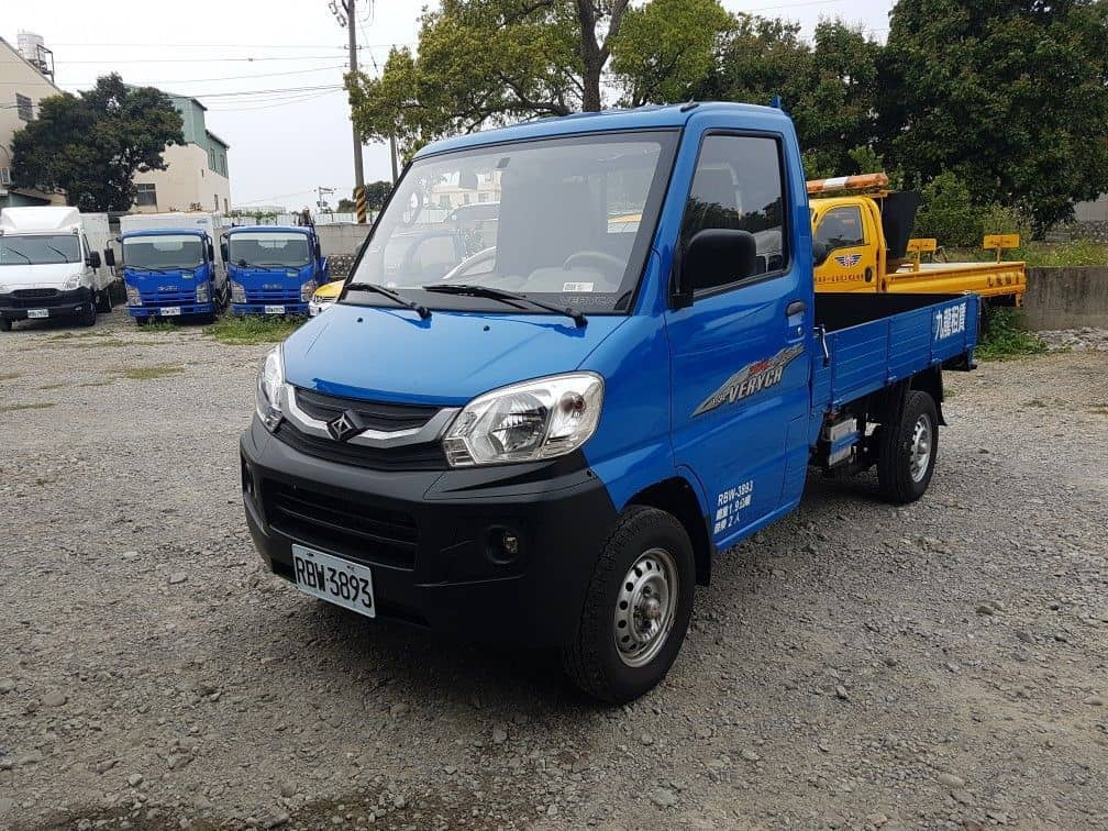 MItsubIshi 菱利 1.3 7.5呎 框式貨車 4WD or 2WD