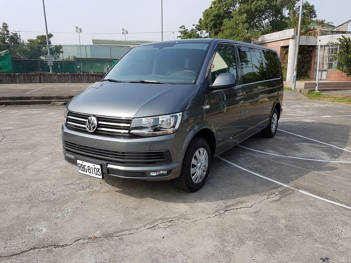 Car_Rental_VW_T6_150PS_(1)