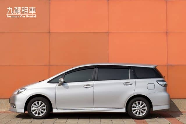 Toyota New Wish 2000c.c