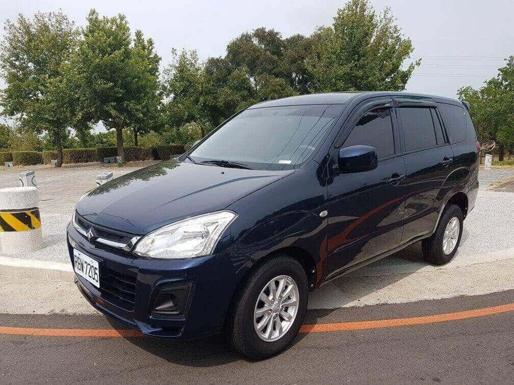 Car_Rental_Mitsubishi_Boss_Zinger_(1)