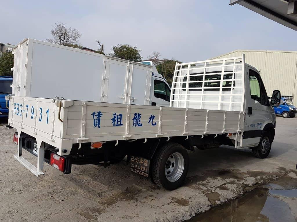 IVECO 3.5噸 12.5呎 框式貨車