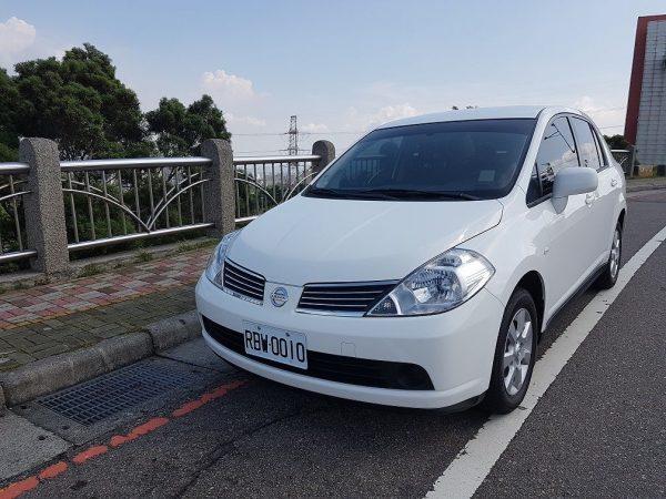 car_rental_Tiida1.6_(1)