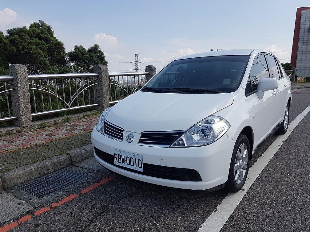 Nissan TIIDA 1600c.c